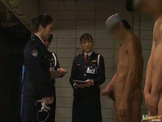 Japonesa av modelo a chupar caralho