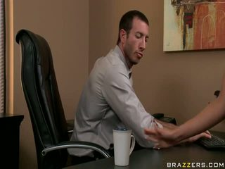 Boning mans sekretāre