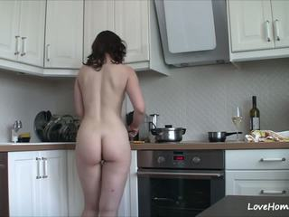 Getting оголена в the кухня марки її щасливий: безкоштовно порно b2