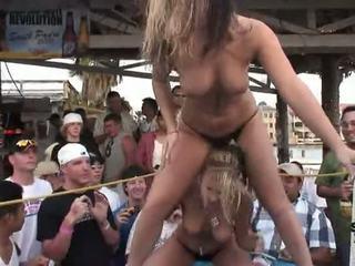 Palaist garām maz un palaist garām hat hotness - spring pārtraukums skin līdz uzvara bikini sacensība