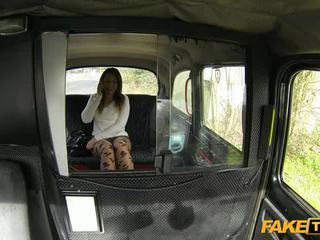 Quente amadora euro miúda nailed em o taxi