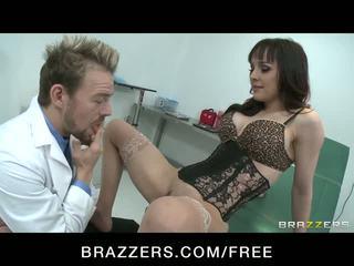 Oral arap squirts süre sigara doctor's deli video