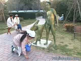 아시아의 모델 이다 a statue getting 약 섹스