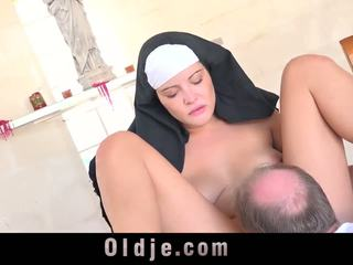 Big Dick Grandpa Shoves a Young Nun's Chastity: HD Porn 1e