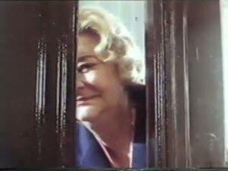 Παλιάς χρονολογίας γιαγιά πορνό ταινία 1986, ελεύθερα γιαγιά πορνό βίντεο 47