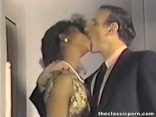 Мръсен ретро филм с горещ секс fest