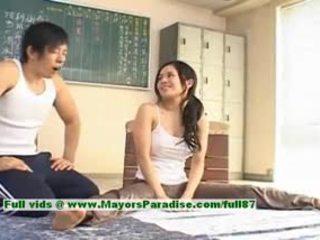 Sora aoi sıcak islak gömlek güzel çıplak değil model enjoys getting teased
