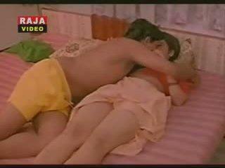 Vintage Indian mallu actress getting boob sucked