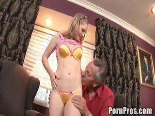 Doxy bonks cô ấy xưa khiêu dâm lawyer đến giúp cô ấy trường hợp.