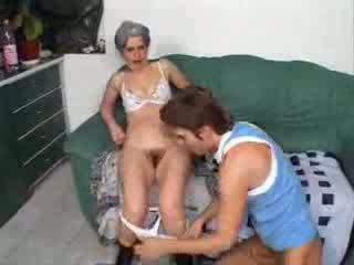 할머니 빌어 먹을 친구 아들 비디오