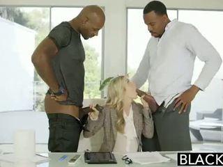 Blacked hanrejen interracial porr på blacked.hugescock.com