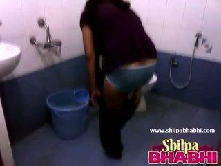 Intialainen kotiäiti shilpa bhabhi kuuma suihku - shilpabhabhi.com
