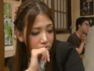 Nanako hoshizaki has ji bobr vyrobený láska od backside v the restaurant