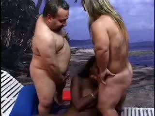 Pienoisleikkuri lifeguards rangaista eebenpuu nainen video-
