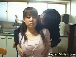 日本, 大胸部, 肛门