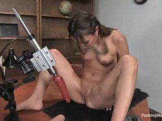 drātēšanās mašīnas, fuck machine, hot brunete