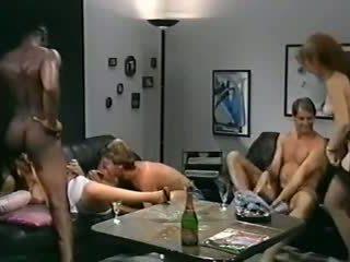 Feriensex į budapest, nemokamai kietas porno 68