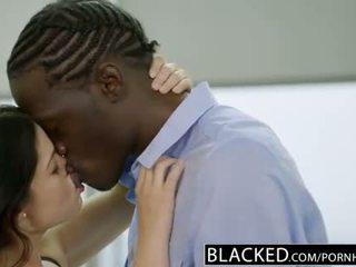 Blacked inggris istri ava dalush loves besar hitam kontol!