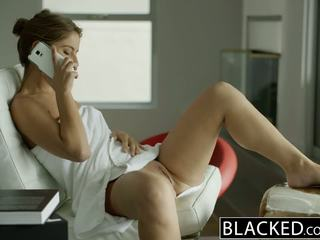 Blacked california ragazza presley hart worships enorme nero pene