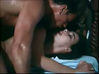 Tarzan 2 รีโทร โป๊