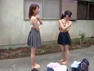 Subtitled japānieši tīņi noģērbšana rock papīrs scissors ārpuses