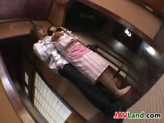 日本, 大胸部, 指法
