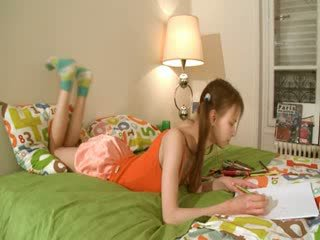 討厭 homework 的 智能 teenager