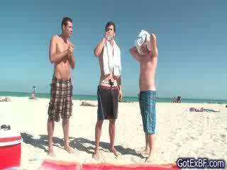 Hot homofil tre noen having moro henhold
