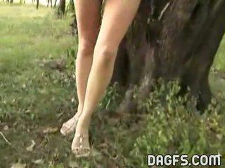 裸 有趣 在 该 park