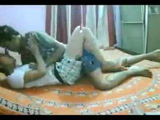 Підліток індійська пара