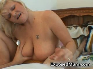 Free Fucking Shows Wifes Fucking And Sucking Cocks