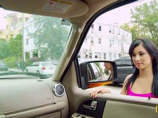 Mandy fills onu passenger yan seçki
