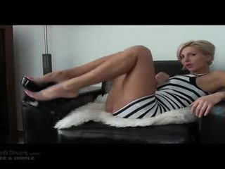 Jerk Your Cock And Bust On Your Face Joi. Blonde Short Haired Beauty Posing With Her Sexxy Legs And Perfect Ass.