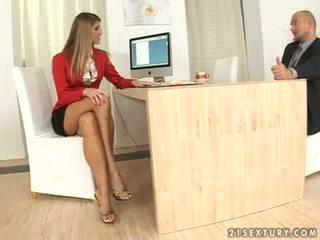 Jennifer stein sekretärin footjob