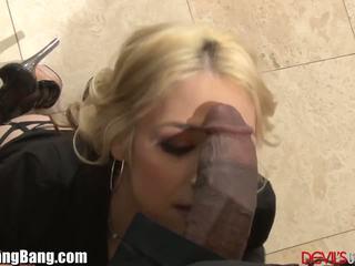 Sarah vandella dp gangbang mit 4 schwarz dicks