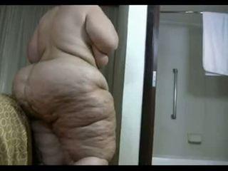 Zralý obézní bruneta takes a sprchový a washes ji gigantic dimply prdel - volný porno pohlaví video - prdel