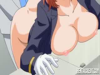 Hentai vajzë gets një e ndyrë klizmë
