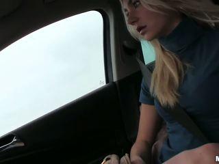 Czech teen Victoria Puppy backseat fuck