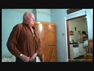 Trtkanie the erotický slúžka