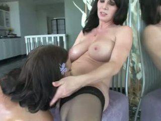 Ivy winters e rayveness arrapato lesbica babes ottenere dildo sesso
