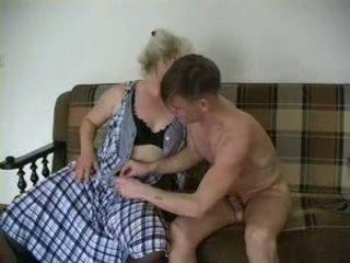 Sexy grootmoeder lena en alex