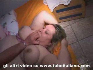 Italian bbw sisters fucked again sorelle in carne e maiale