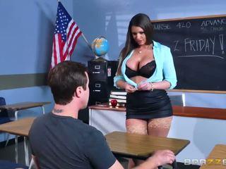 Brazzers - جنسي جبهة مورو brooklyn chase teaches لها طالب