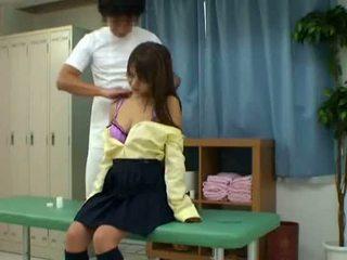 女學生 欺騙 由 schooldoctor