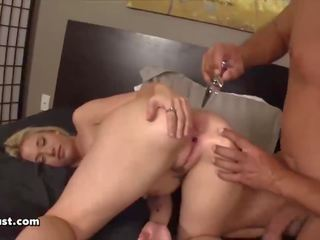 Hot Teen Babe gets Fucked with a Mature Man: Free Porn 04