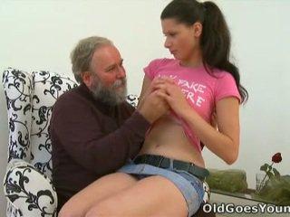 Simona ist nicht fähig bis leben ohne bis haben die alt sausage rammed drinnen sie mund