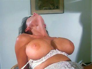 Sarah young: free silit dhuwur definisi porno video