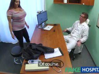 Fakehospital बेब wants doctorã¢â€â™s कम सब ओवर उसकी बड़ा विशाल टिट्स वीडियो