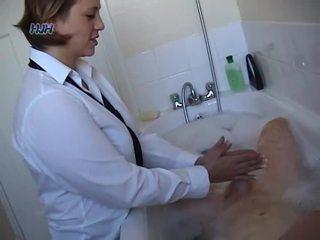 Birojs dāma giving a handjob
