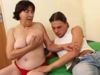 Hairy Granny R20: Free Mature Porn Video 4a